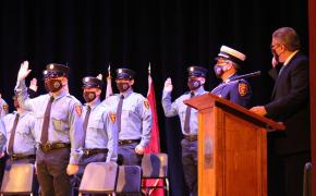 Mayor DaSilva swearing in 34th Fire Academy